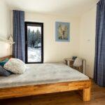 Druhá ložnice apartmánu Adina 3 v komplexu Ski Chalet Klínovec