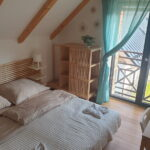 První ložnice apartmánu Adina 8 v komplexu Ski Chalet Klínovec